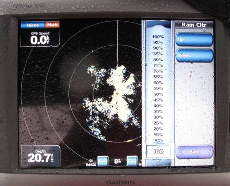 Garmin_GMR_18HD_radar_in_rain_cPanbo.JPG