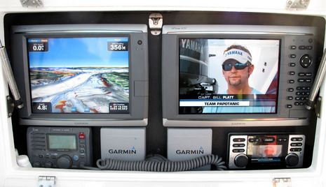 Fishing_w_Garmin_1_cPanbo.JPG