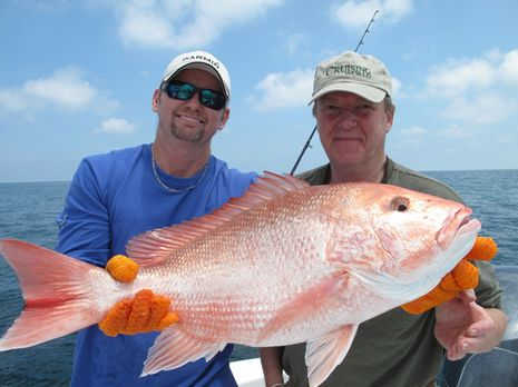 Fishing_w_Garmin_Ben_Snapper_cPanbo.JPG