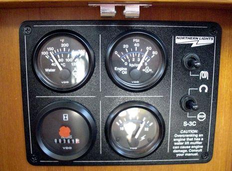 Convexity_analog_gauges.JPG