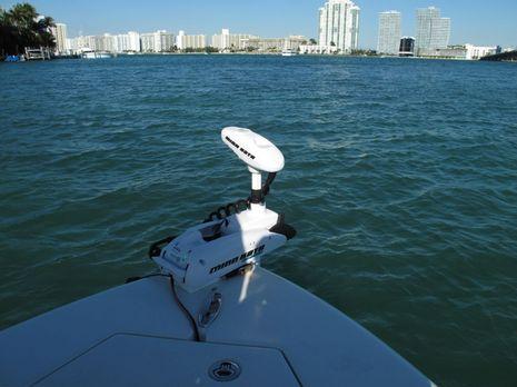 Minn_Kota_I-Pilot_demo_Miami_cPanbo.JPG