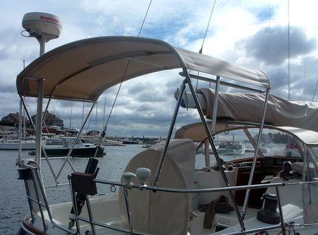 Should You Get a T-top, or a Bimini Top? - boats com