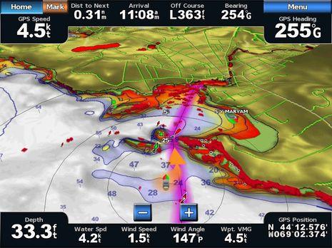 Garmin_3D_radar_water_hazard_conflict_cPano.JPG