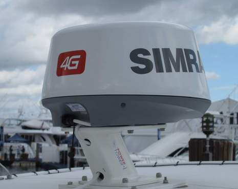 Simrad_4G_radar_launch_FLIBS2011_cPanbo.JPG