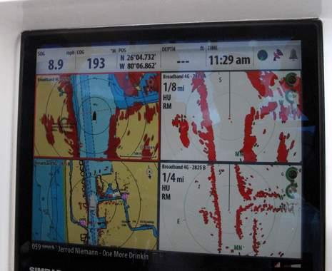 Simrad_4G_radar_launch_dualrangeplus_FLIBS2011_cPanbo.JPG