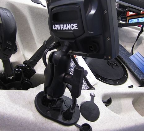 Tallon-Lowrance-Elite-Socket-courtesy_BassAngler_com.jpg