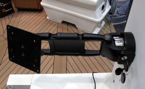 Tallon_Southco_monitor_arm_IBEX_cPanbo.jpg