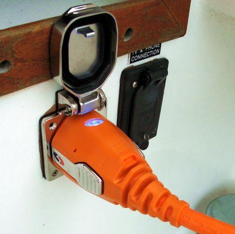 SmartPlug_install_on_Gizmo.jpg