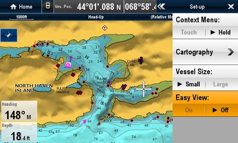 Raymarine_e7_screen_Easy_View_off_cPanbo.jpg