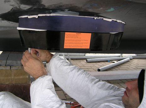 Airmar_R109LM_transducer_install_courtesy_Airmar.jpg