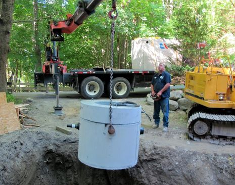 American_Concrete_pump_tank_delivery_cPanbo.jpg