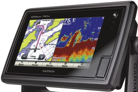 Garmin_GPSmap_741xs_chart_chirp_screen.jpg