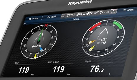 Raymarine_a7x_Sailing_screen.jpg