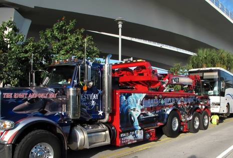 FLIBS13_tow_truck_cPanbo.jpg