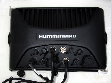 Humminbird_Ion_10_back_side_cPanbo.jpg