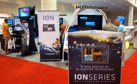 Humminbird_Ion_Onix_intro_FLIBS_2013_cPanbo.jpg