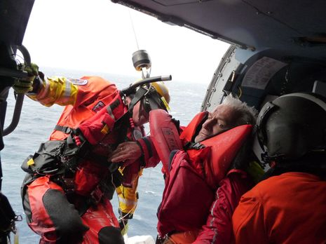 USCG_SAR_Jayhawk_crew_2_courtesy_Charles_Doane.jpg