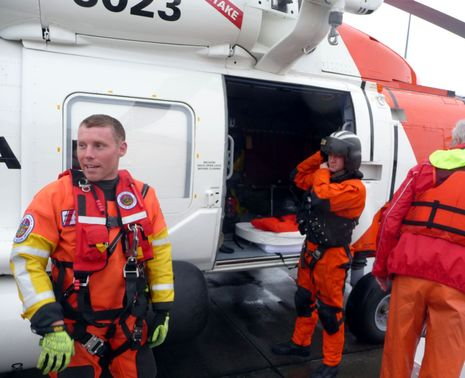 USCG_SAR_team_courtesy_Charles_Doane.jpg