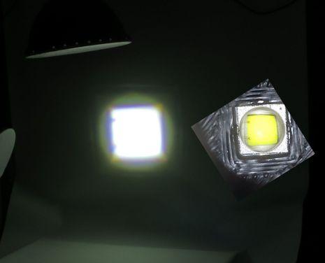 Marinebeam_Ultra_spot_flashlight_LED_optics_cPanbo.jpg