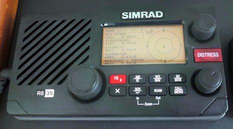Simrad_RS35_testing_AIS_cPanbo.jpg