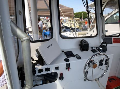 MBHH_Show_2014_Dock_Works_26_utility_cat_wheelhouse_cPanbo.jpg