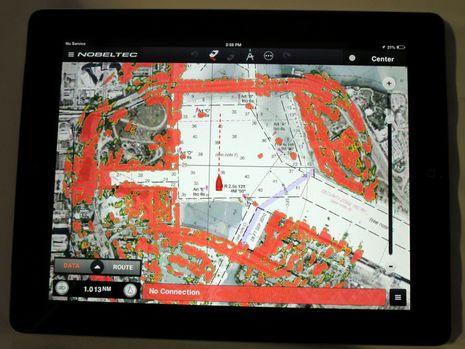 Nobeltec TimeZero app 2015 w Furuno WiFi radar cPanbo.jpg