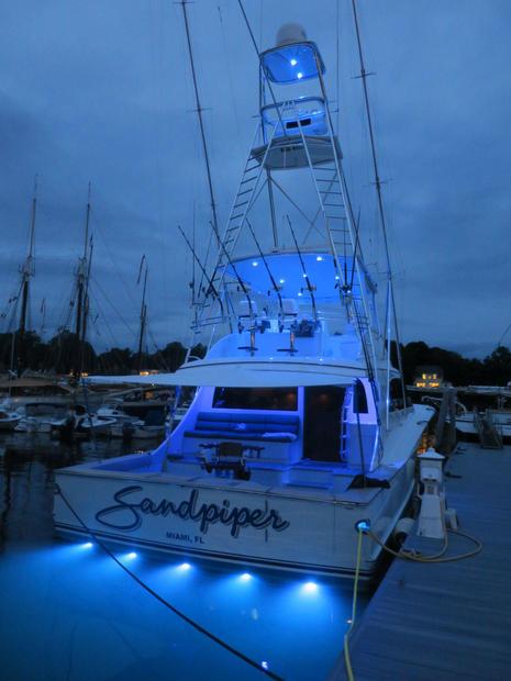 Sandpiper_lights_up_Camden_Public_Landing_cPanbo.jpg