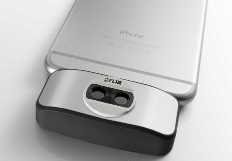 FLIR_ONE_iOS_phone_dongle_thermal_cam_aPanbo.jpg