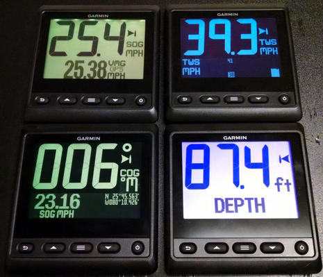 Garmin_GNX20_and_21_displays_in_action_aPanbo.jpg