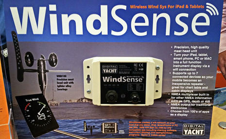 Digital_Yacht_WindSense_new_at_NMEA_2016_cPanbo.jpg