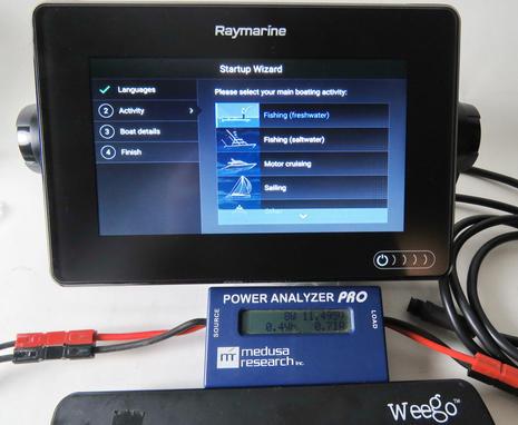 Raymarine_Axiom_7_start_up_w_power_meter_cPanbo.jpg