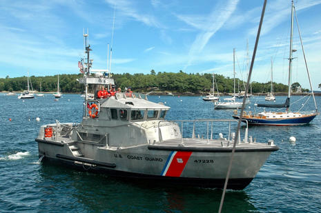 USCG_Rockland_Station_coming_for_Gizmo_cPanbo.jpg