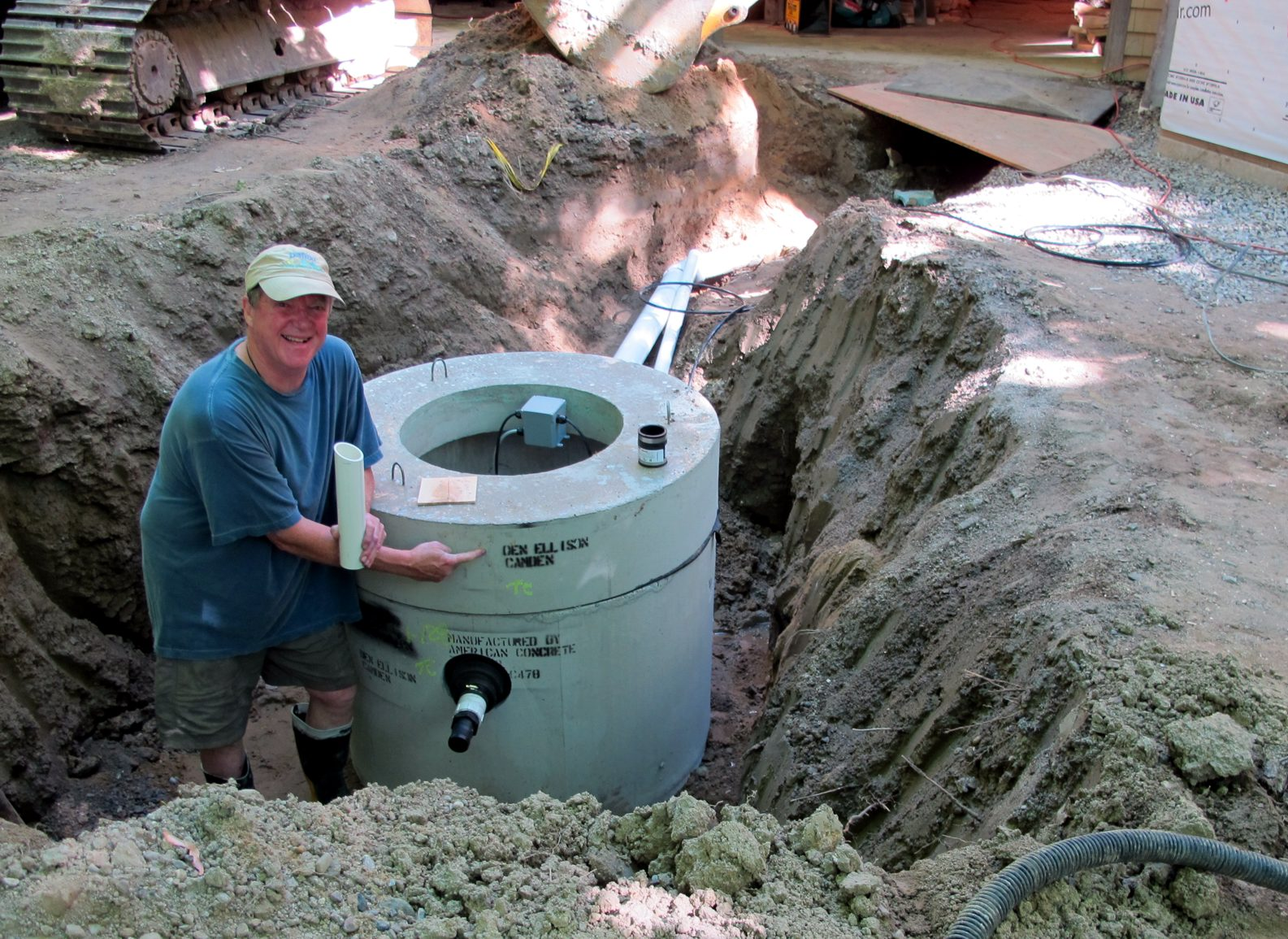 Panbo the marine electronics hub waste plumbing more for Septic tank plumbing problems
